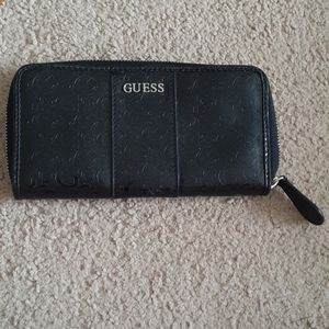 Black Guess Monogrammed Wallet With Silver Accents